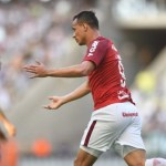 Inter empata com o Ceará e mantém segundo lugar no Brasileirão