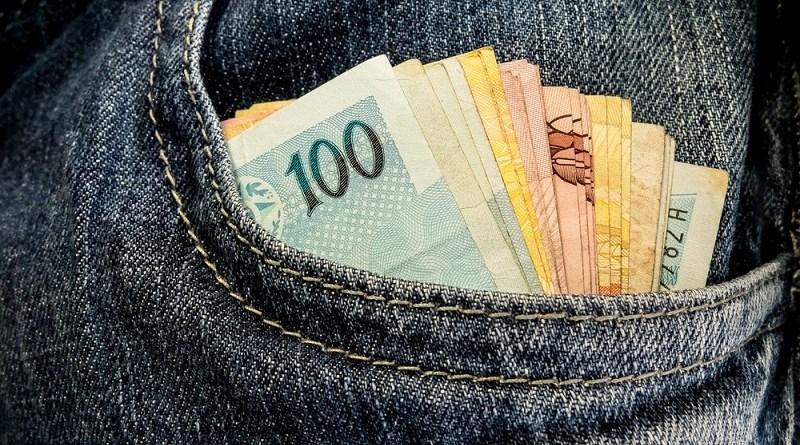 dinheiro_bolso_U19xEF8