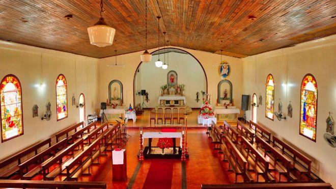 Embora a religião não fosse parte do projeto, o edifício mais bem conservado da Fordlândia é esta igreja