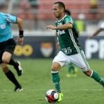 Palmeiras só empata com rebaixado Paraná, mas mantém vantagem na ponta