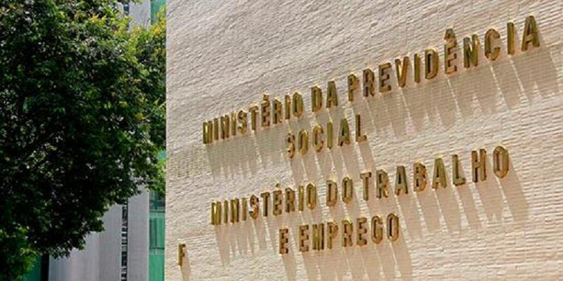 Ministerio-do-Trabalho-fachada