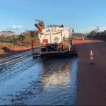 Pavimentação dos últimos 50 km da BR-163 é reiniciada pelo DNIT