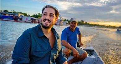 Biólogo brasileiro recebe prêmio internacional por projeto para salvar o pirarucu na Amazônia