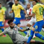 Brasil goleia o Peru e se classifica em primeiro na Copa América