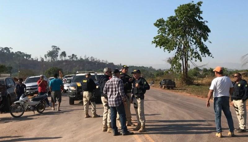 PRF no local do Bloqueio em Moraes Almeida (Foto:WhatsApp Jornal Folha do Progresso)