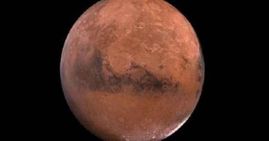 Cientista afirma ter 'evidências fotográficas' de alienígenas em Marte