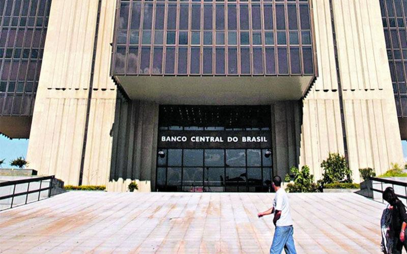 Em todo o Brasil, de acordo com o Banco Central, mais de 430 mil cédulas falsas foram retiradas de circulação no ano passado.   Divulgação