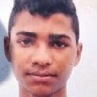 Jovem de 18 anos é executado a tiros tiros na beira de estrada em Parauapebas