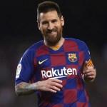 Argentino Messi faz gol histórico em novo tropeço do Barcelona