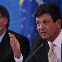 Bolsonaro deve demitir Mandetta em meio à crise do coronavírus