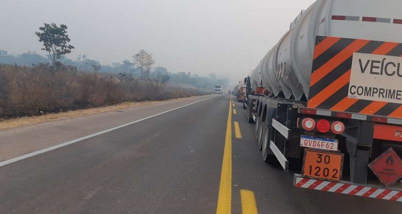 Fila ultrapassa 10km na manhã desta quarta-feira(19) foto:Jornal Folha do Progresso