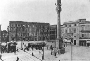 Lecce-piazza-s.-oronzo-250x169
