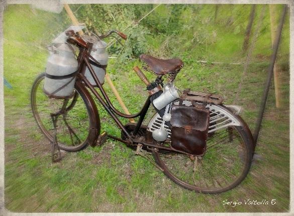 http://valtollacountry.wordpress.com/2012/10/13/civilta-biciclette-da-lavoro-e-necessita/