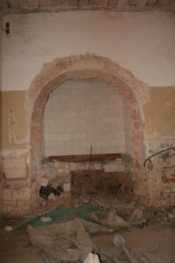 L' abside dell'antica cappella durante i lavori di scavo, foto Angelo Campo