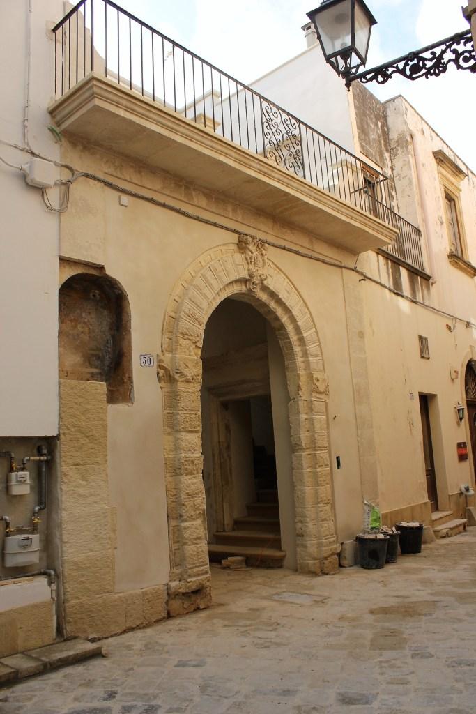 Galatina, Palazzo Mory, facciata (ph R.G. Mele)