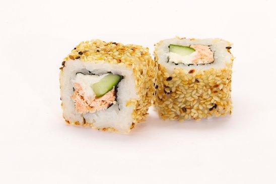 Salmon-sushi-with-seasam-seeds-web.jpg