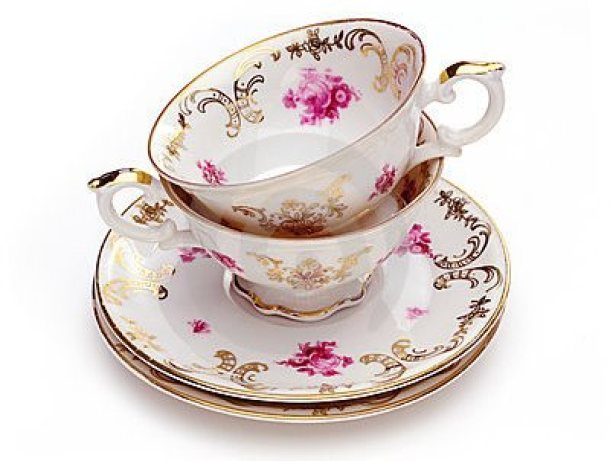 antique-tea-cups-21569367