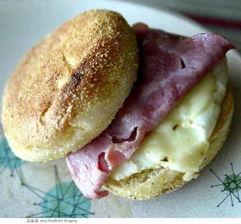 muffin_sando