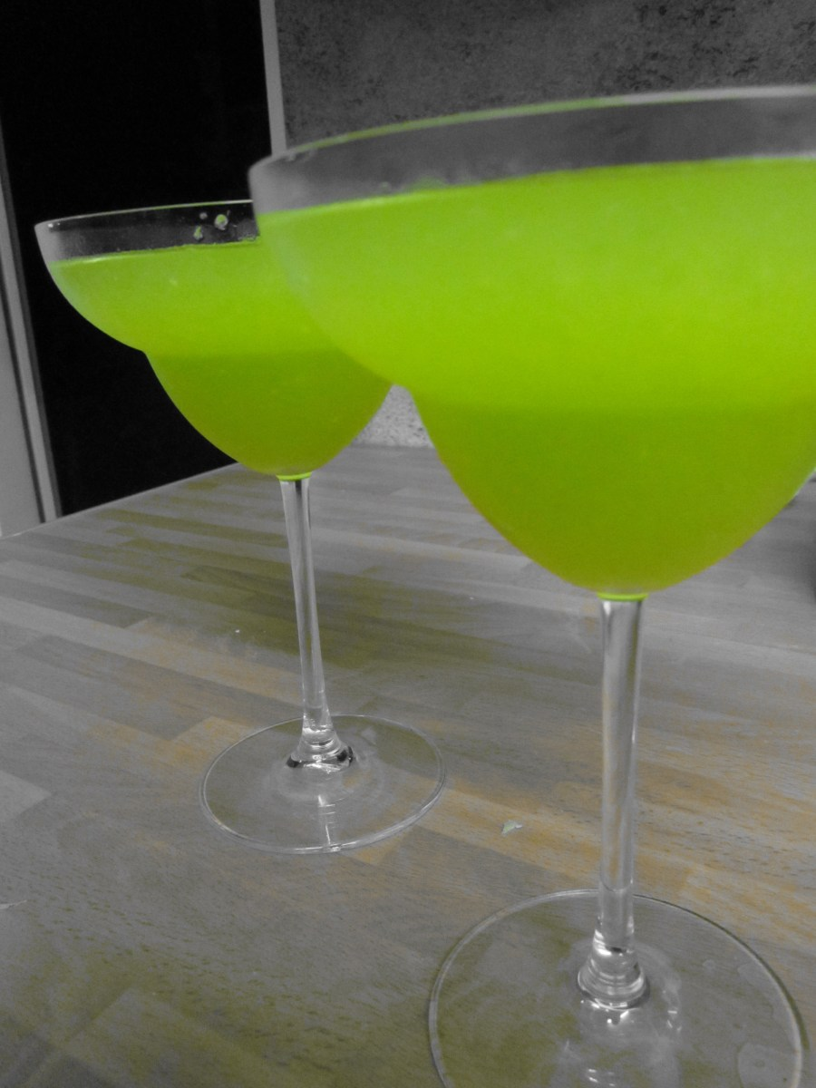 Chill Out (Frozen Melon Daiquiri Cocktail)