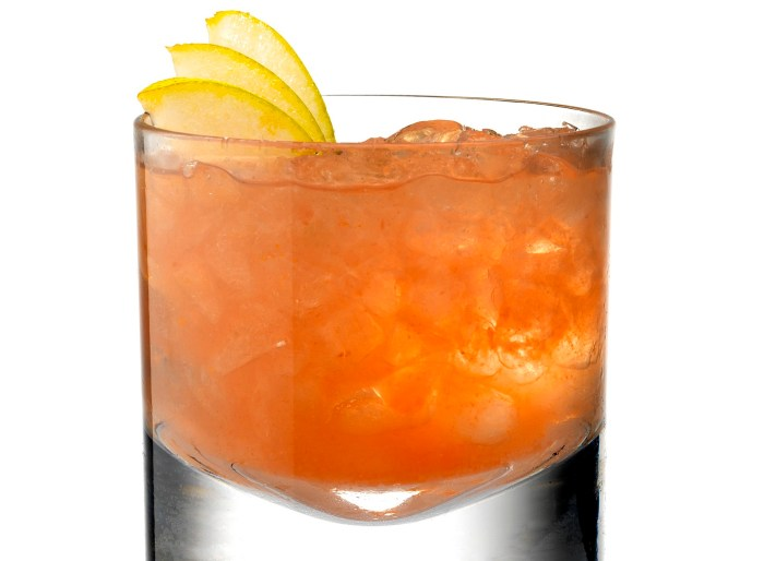 Glasgow Kiss Cocktail Recipe - Food Republic