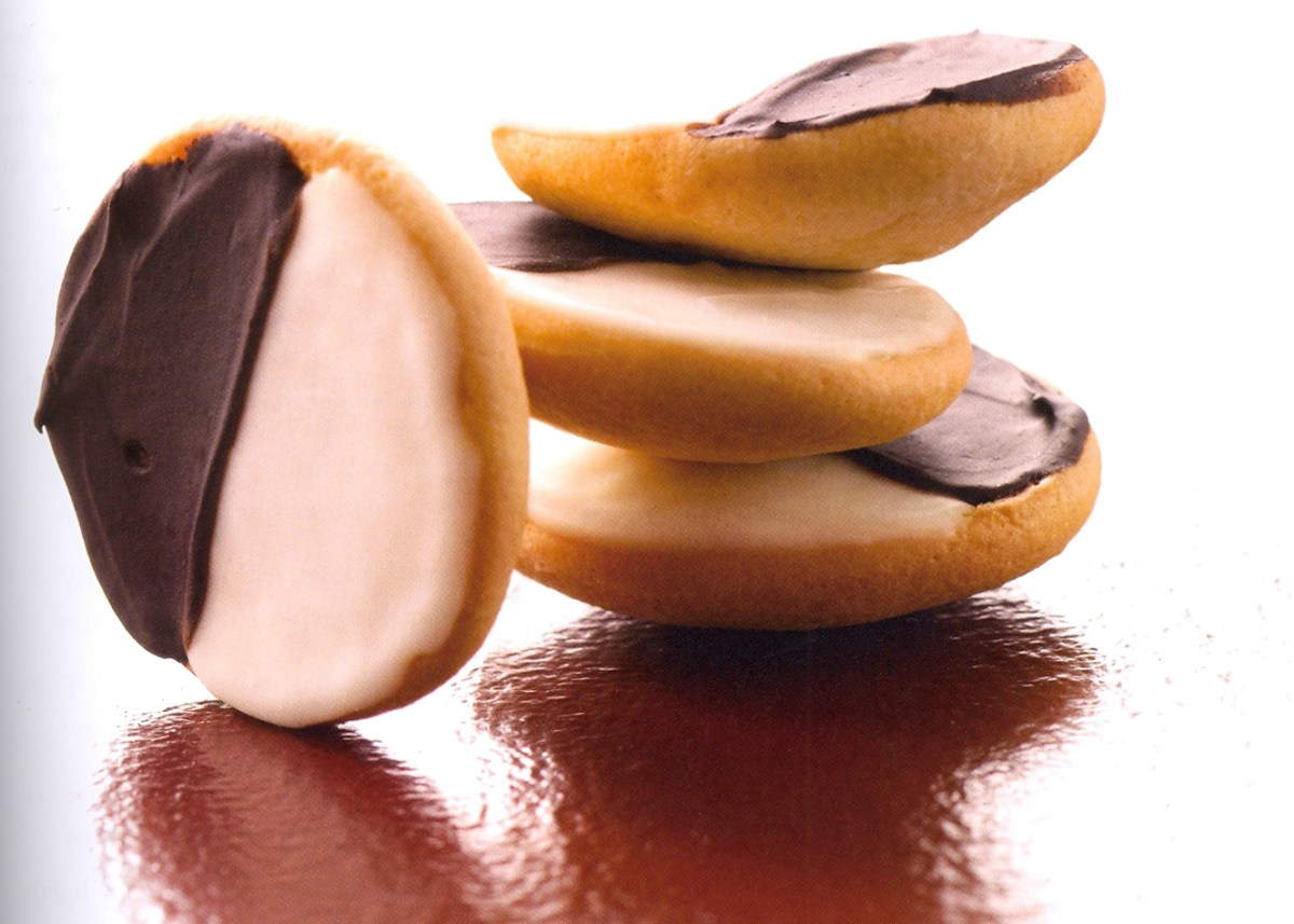 Mini Black and White Cookies Recipe – Food Republic