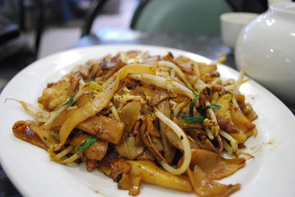Char Kway Teow Recipe | Food Republic