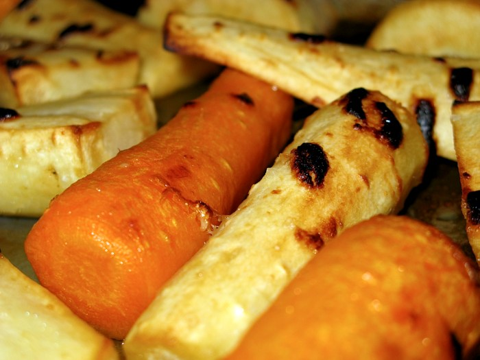 Maple Roasted Carrots and Parsnips Recipe - Food Republic