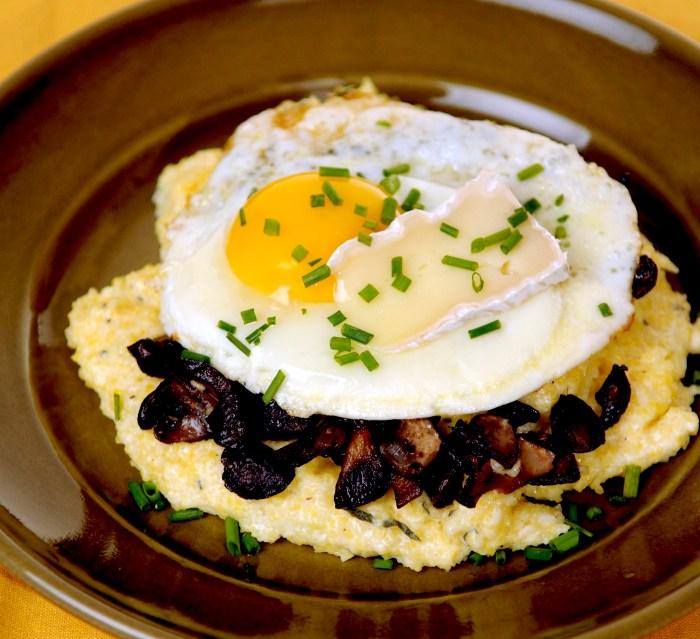 Creamy Polenta with Forest Mushrooms - Food Republic
