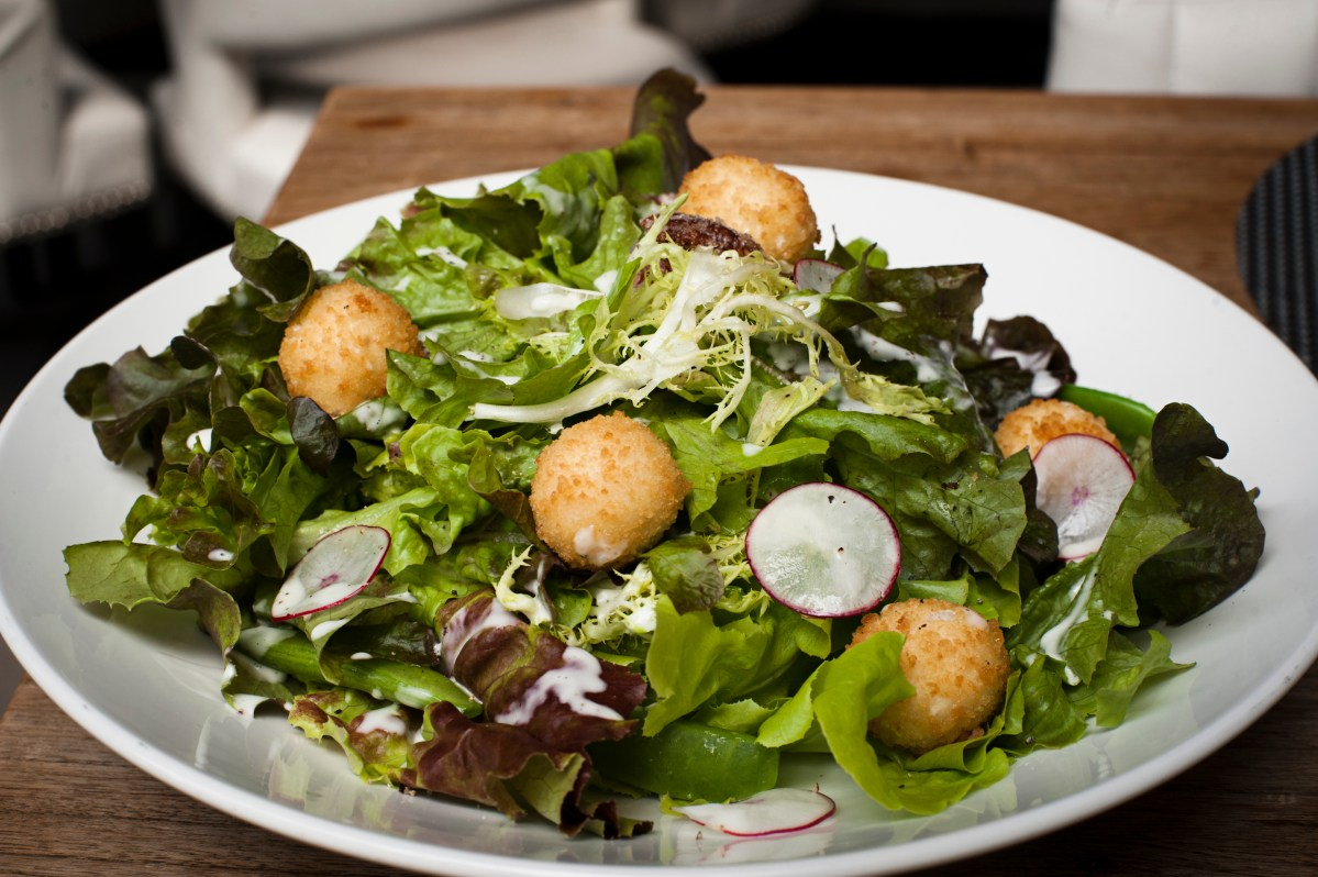 Fried Goat Cheese Salad Recipe – Food Republic