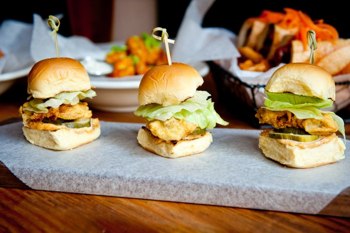 Oyster Slider Recipe | Food Republic