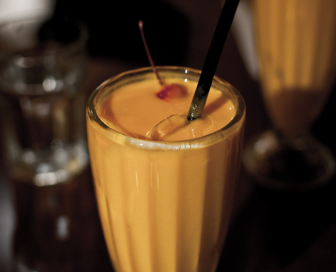 Easy Mango Lassi Recipe | Food Republic