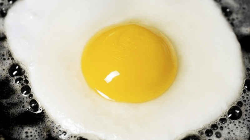 How do you attain that perfect yolk runniness?