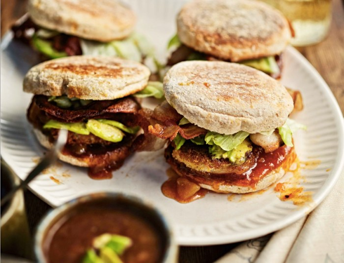 Fried Green Tomato Sandwiches With Bacon And Chutney Recipe – Food ...