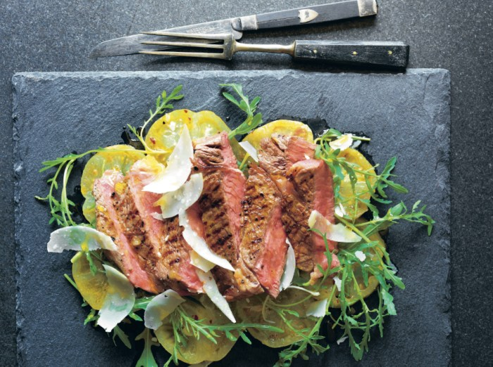 High Steaks! Tagliata With Green Tomatoes, Oregano And Mustard Recipe