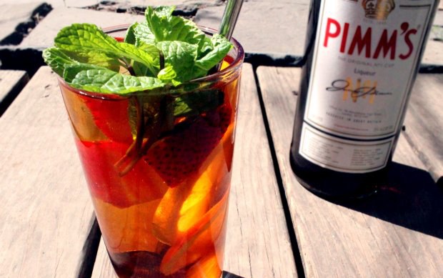 7 ways to pimp your pimm s cup food republic for What to mix with pimms