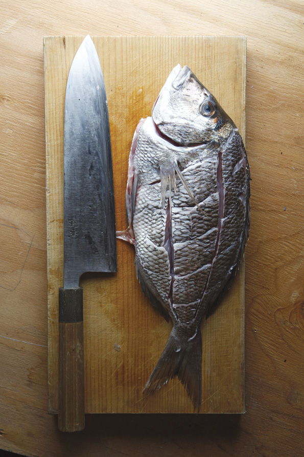 How to prepare a whole fish for deep frying food republic for 1041 the fish