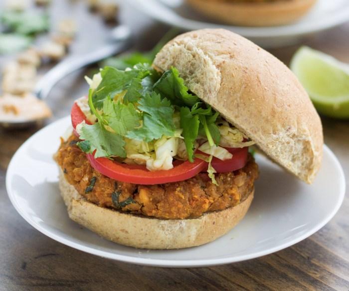 Spicy thai peanut veggie burgers recipe food republic forumfinder Image collections