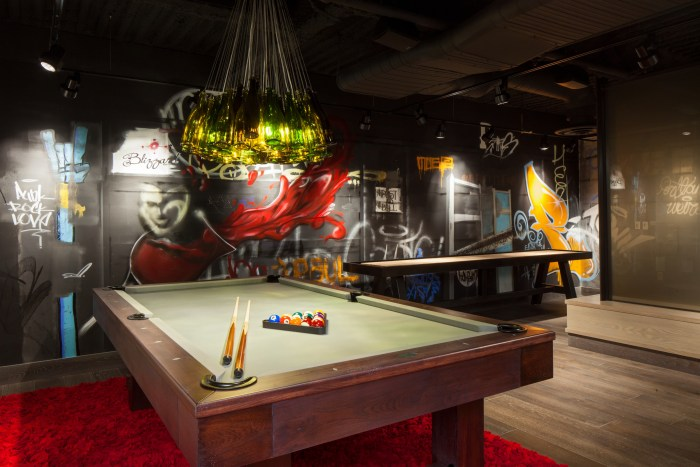 Guests can unwind in the new Pinot Noir Game Lounge with a pool table, air hockey, and even Atari. (Photo credit: Sally Painter)
