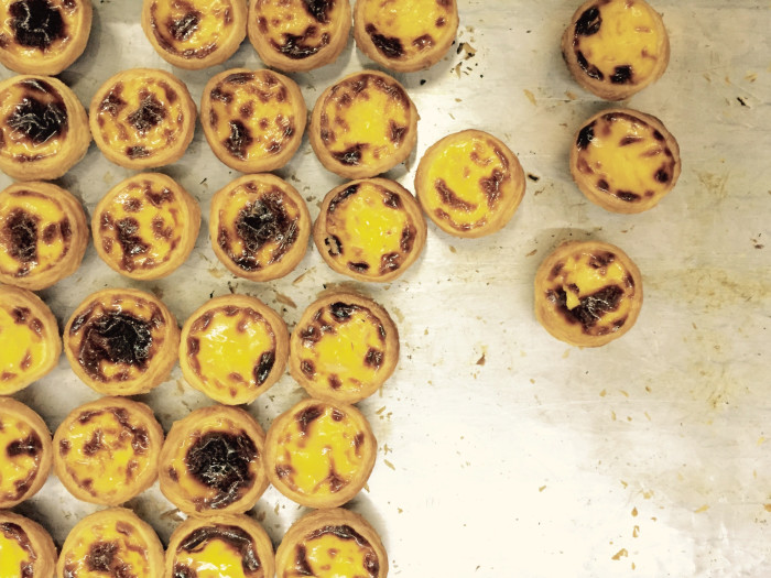 Chinese egg tarts with Portuguese flair. (Photo: Keith Flanagan.)