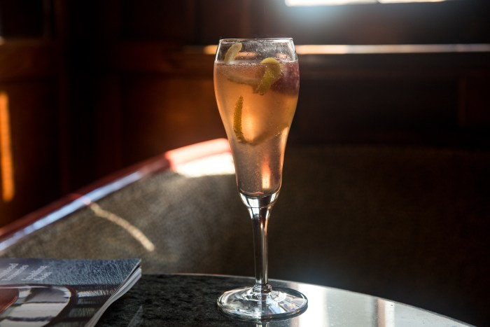 French75HappyHour-7059