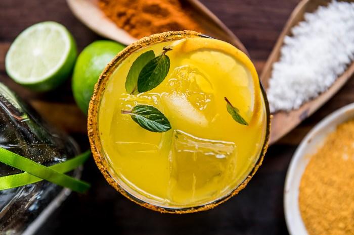 ginger-turmeric margarita