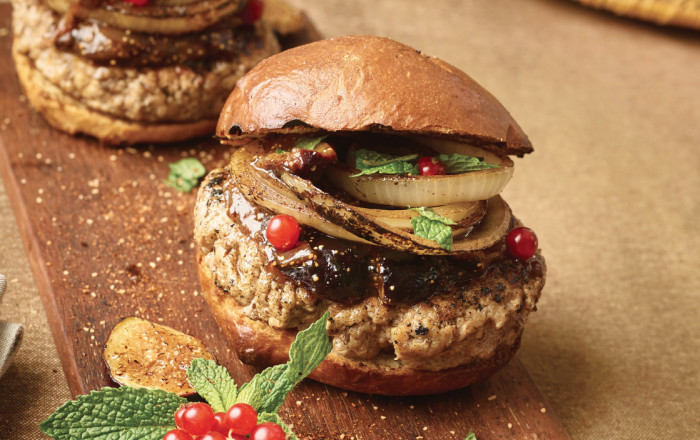 burger with fig compote