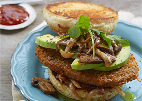 Schnitzel Burger with mushrooms thumbnail
