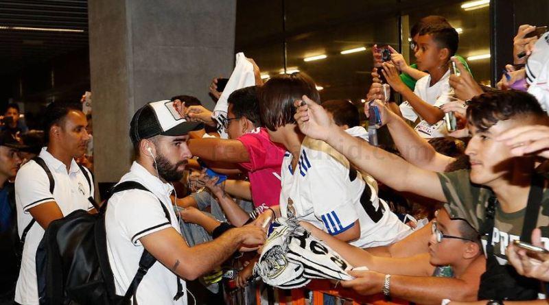 استقبال شگفت انگیز هواداران از بازیکنان رئال مادرید در فرودگاه گران کاناریا