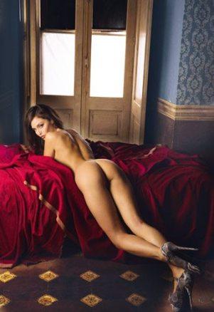 Raffaella Fico hot per il nuovo calendario   © For Men