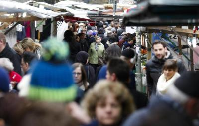 People crowded on the so called Turkish market at the district Neukoelln in Berlin, Germany, Friday, March 18, 2016. The market runs mostly by vendors with a Turkish migration background and is located at the borough of Neukoelln which have one of the highest percentage of immigrants in Berlin. (ANSA/AP Photo/Markus Schreiber) [CopyrightNotice: Copyright 2016 The Associated Press. All rights reserved. This material may not be published, broadcast, rewritten or redistribu]