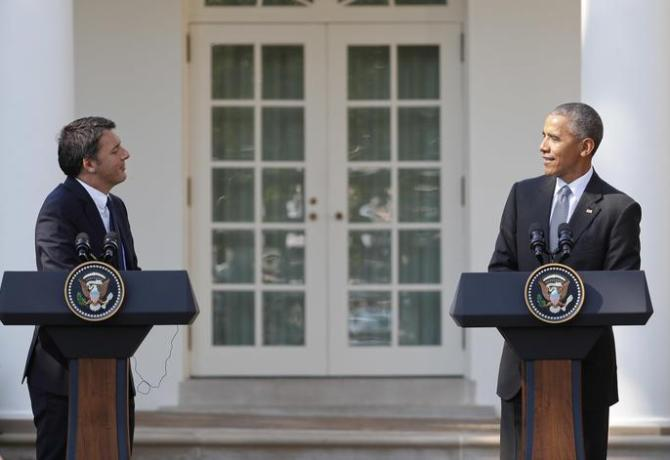 President Barack Obama and Italian Prime Minister Matteo Renzi participate in a joint news conference in the Rose Garden of the White House in Washington, Tuesday, Oct. 18, 2016. (ANSA/AP Photo/Pablo Martinez Monsivais) [CopyrightNotice: Copyright 2016 The Associated Press. All rights reserved.]