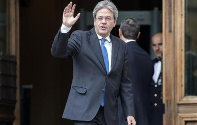Paolo Gentiloni leaves the Italian Deputy Chamber after meeting Chamber president Laura Boldrini, Rome, 11 December 2016. Italy's foreign minister Gentiloni says he has accepted a presidential mandate to try to form a new government and serve as premier. ANSA/ ANGELO CARCONI