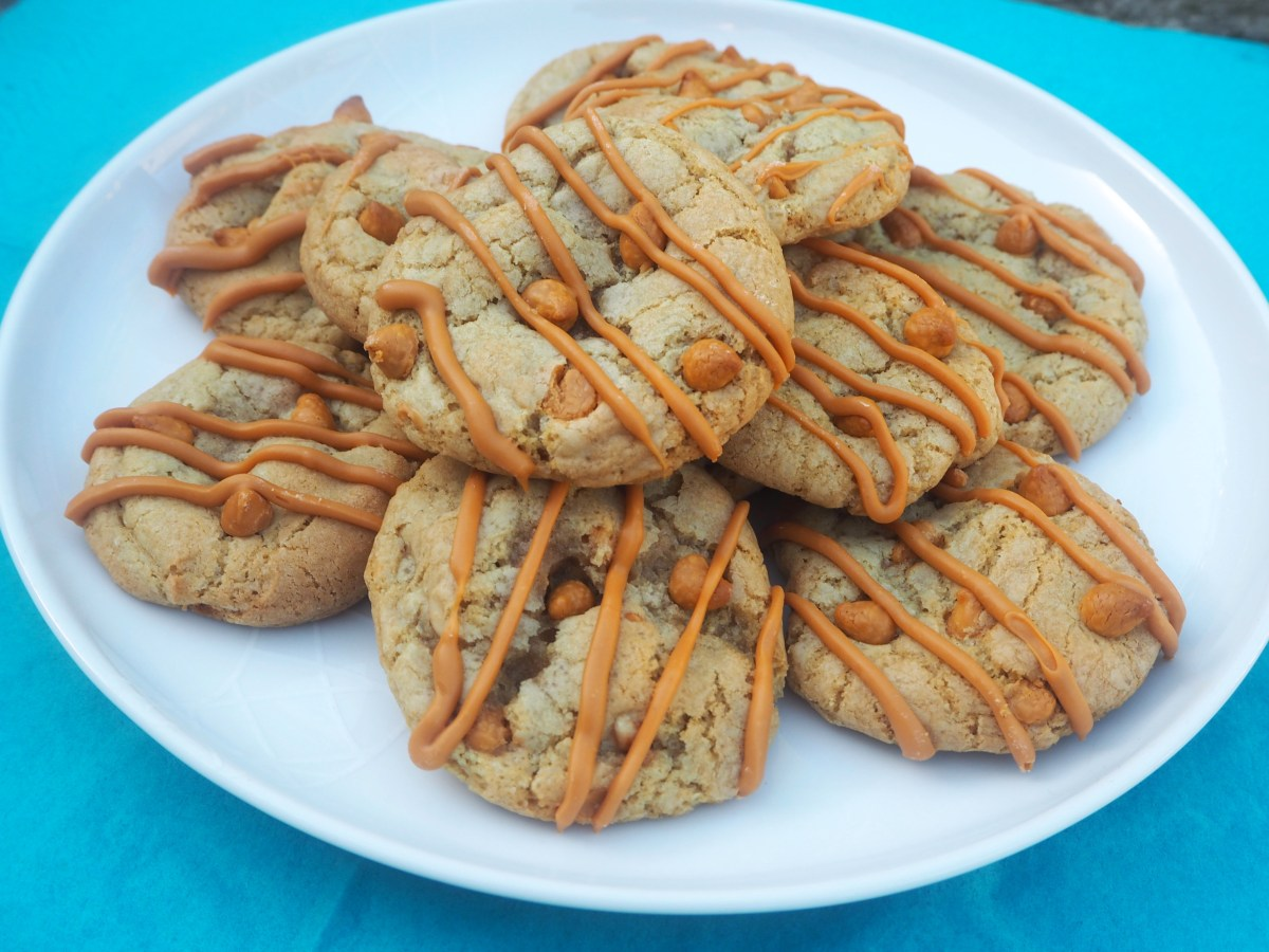 Honey Roasted Peanut and Butterscotch Cookies | Forever ...
