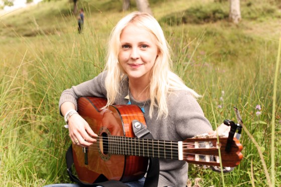 For Folk's Sake Laura Marling guitar field